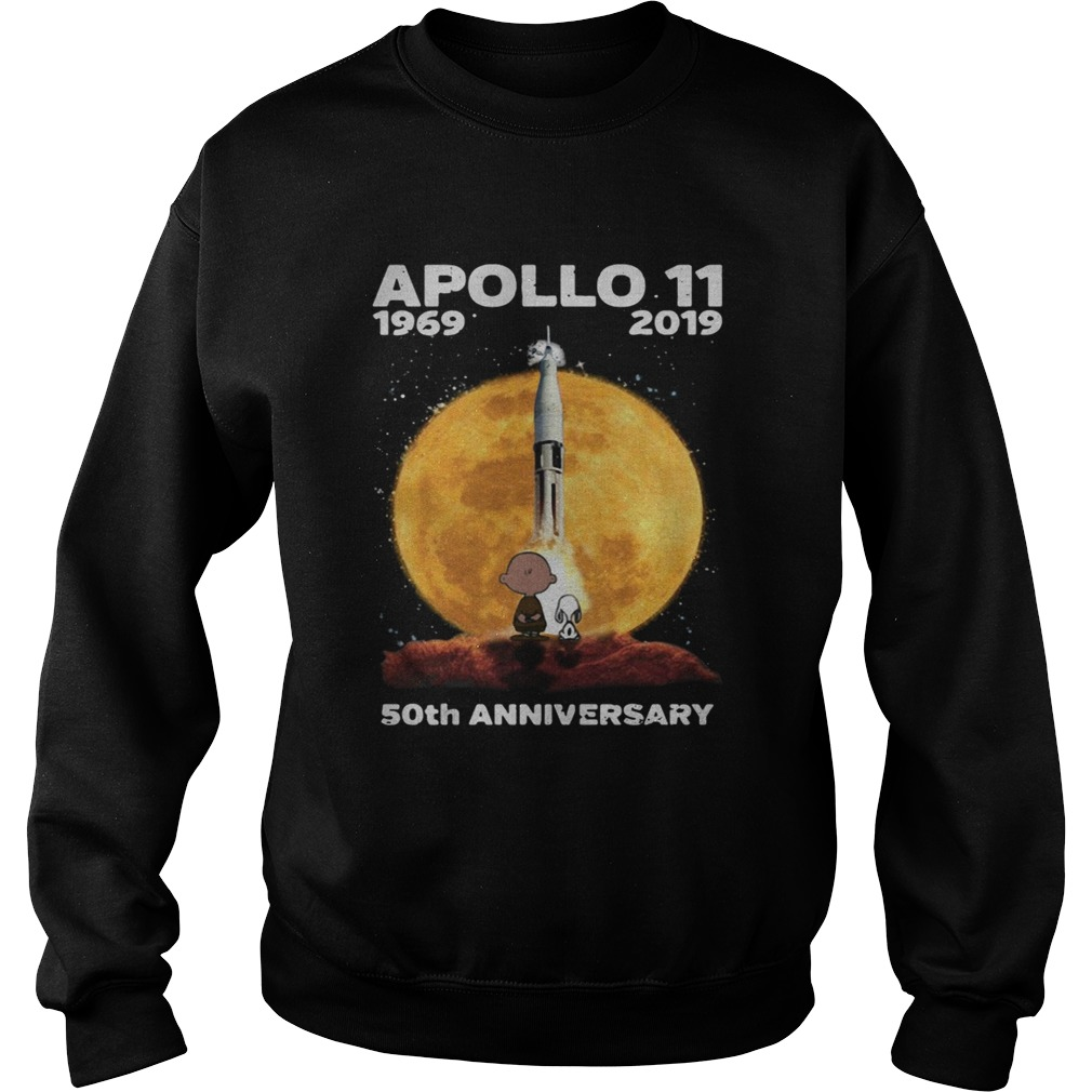 Snoopy and Charlie Brown watching Apollo 11 1969 2019 50th Sweatshirt