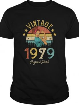 1568290194Vintage 1979 Made in 1979 40th Birthday 40 years old Gift T-Shirt